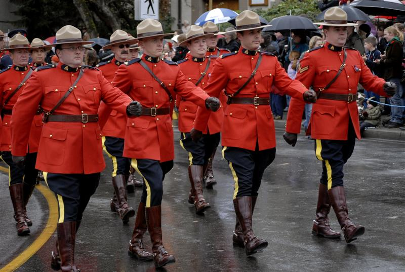Royal-Canadian-Mounted-Police-Uniforms